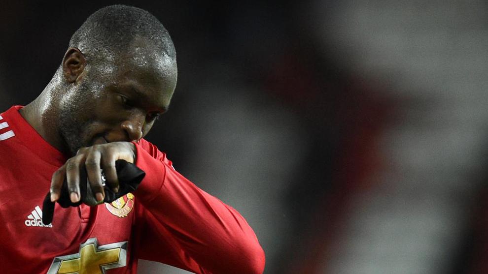 Lukaku, durante el partido entre el Manchester United y el Brighton...