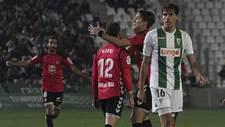 Joao Afonso se lamenta mientras Rodri celebra el gol del empate de la...