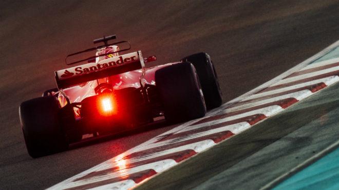 El logo del Santander en el Ferrari de Vettel.