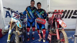 �lex y Marc, con sus motos.