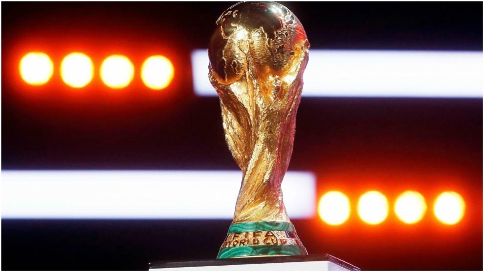 Trofeo del Mundial exhibido en Moscú