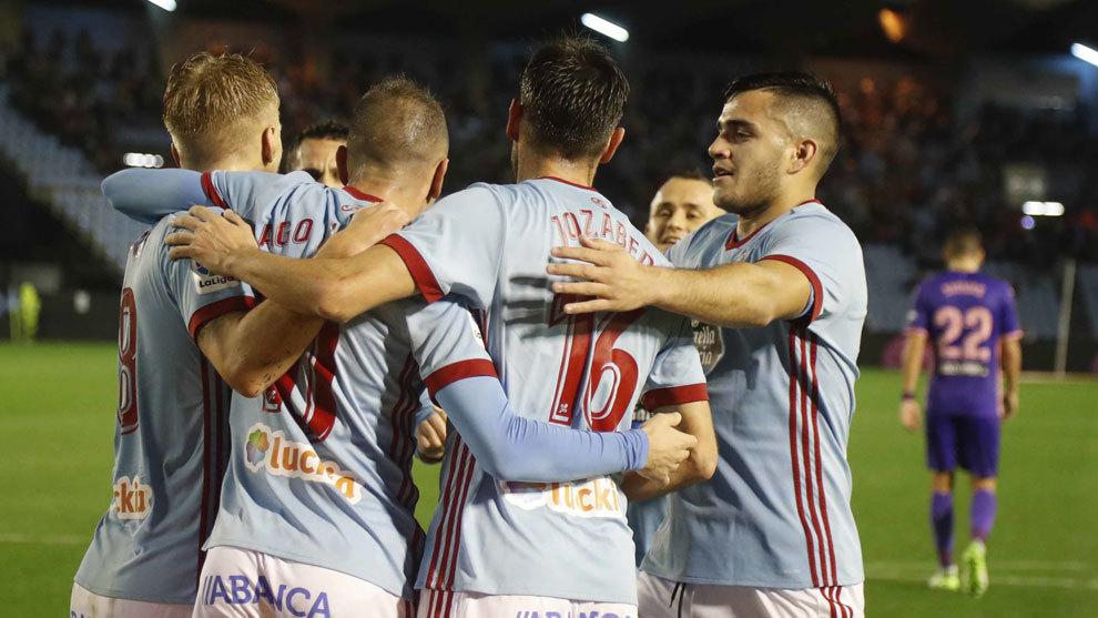 Los jugadores del Celta celebran un gol en un partido de Liga.