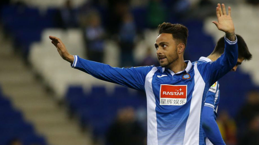 Sergio García celebra su gol en el RCDE Stadium contra el Tenerife