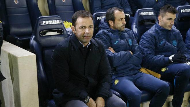 Calleja junto a su segundo, durante el partido de Copa.