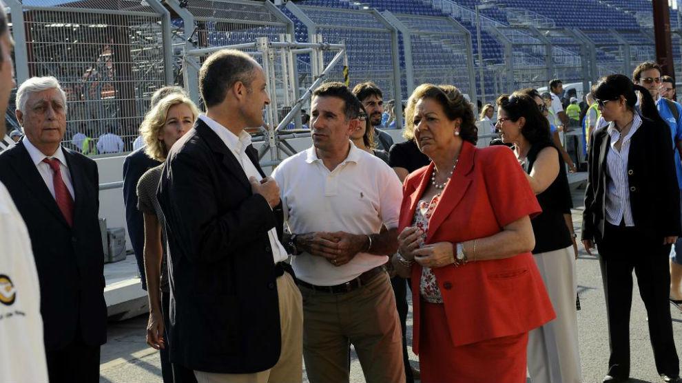 """Francisco Camps, Jorge Martínez """"Aspar"""" y Rita Barberá, en Valencia..."""
