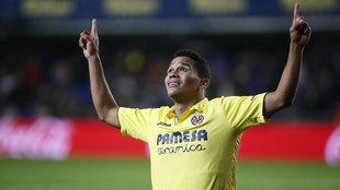 Bacca celebra un gol con el Villarreal.