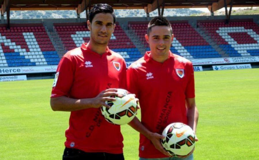 Munir (a la izquierda) con el CD Numancia