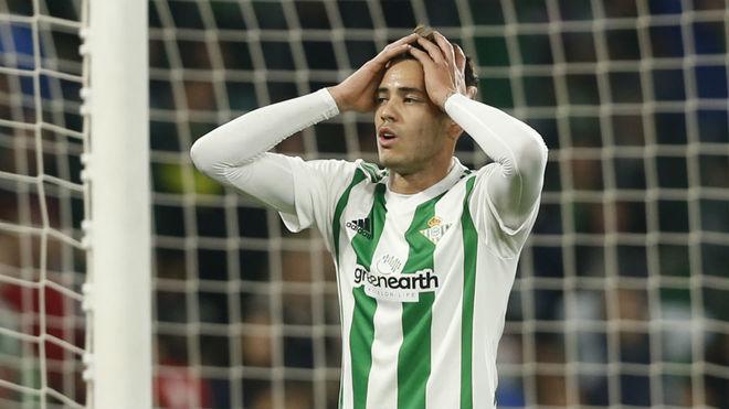 Sanabria se lamenta en el partido ante el Girona.