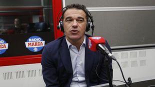 Luis García en los estudios de Radio MARCA