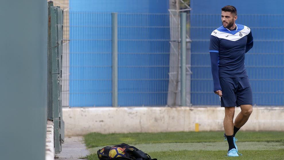 David López, en el entrenamiento del Espanyol