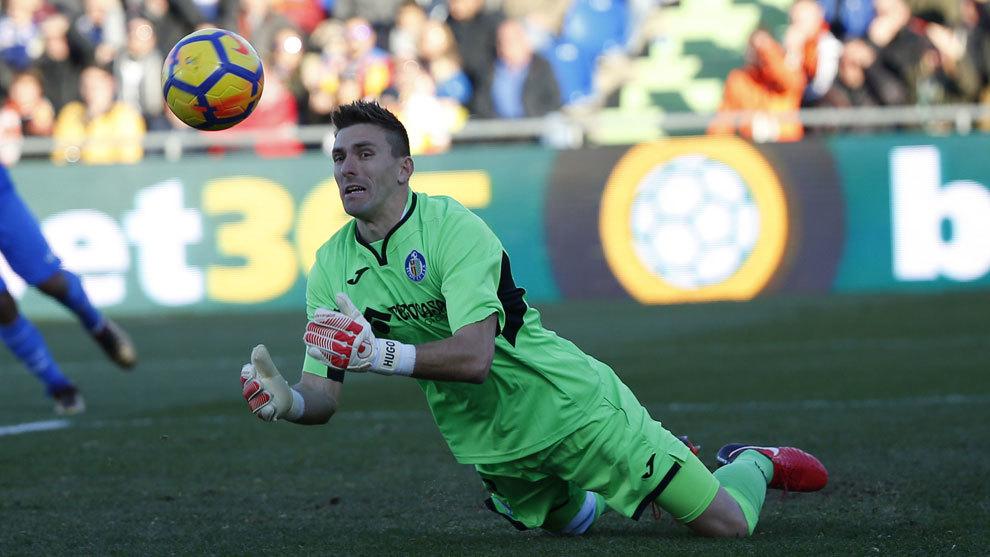 Guaita, en una acción en el partido ante el Valencia.