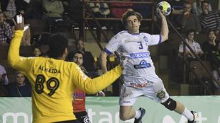 Mario López lanza ante el Granollers