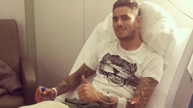 Sanabria, tras ser invervenido quirúrgicamente en Barcelona.