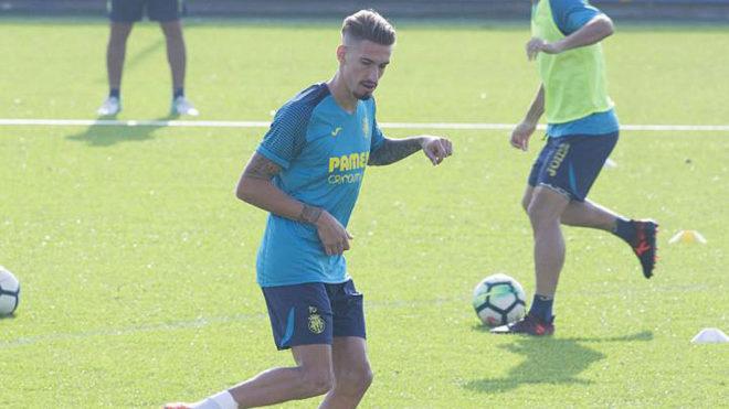 Samu Castillejo, en un entrenamiento del Villarreal.