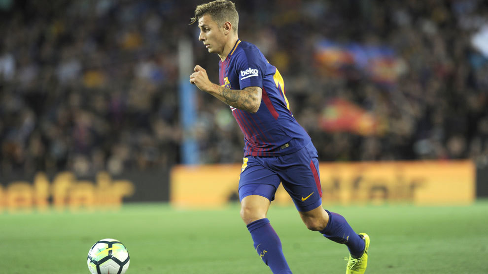 Lucas Digne, en un partido con el Barcelona.