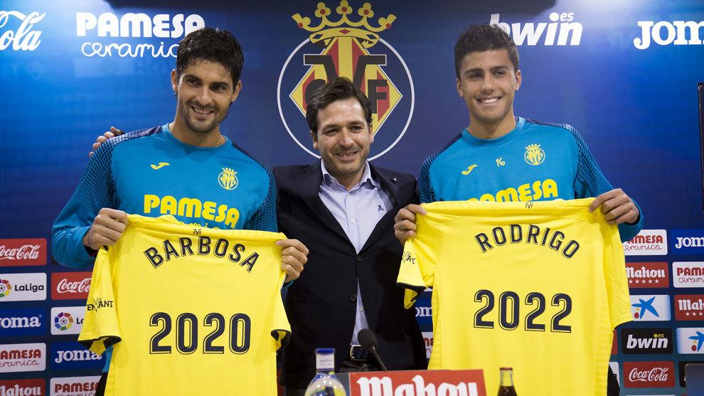 Acto de renovación de Rodrigo y Barbosa.