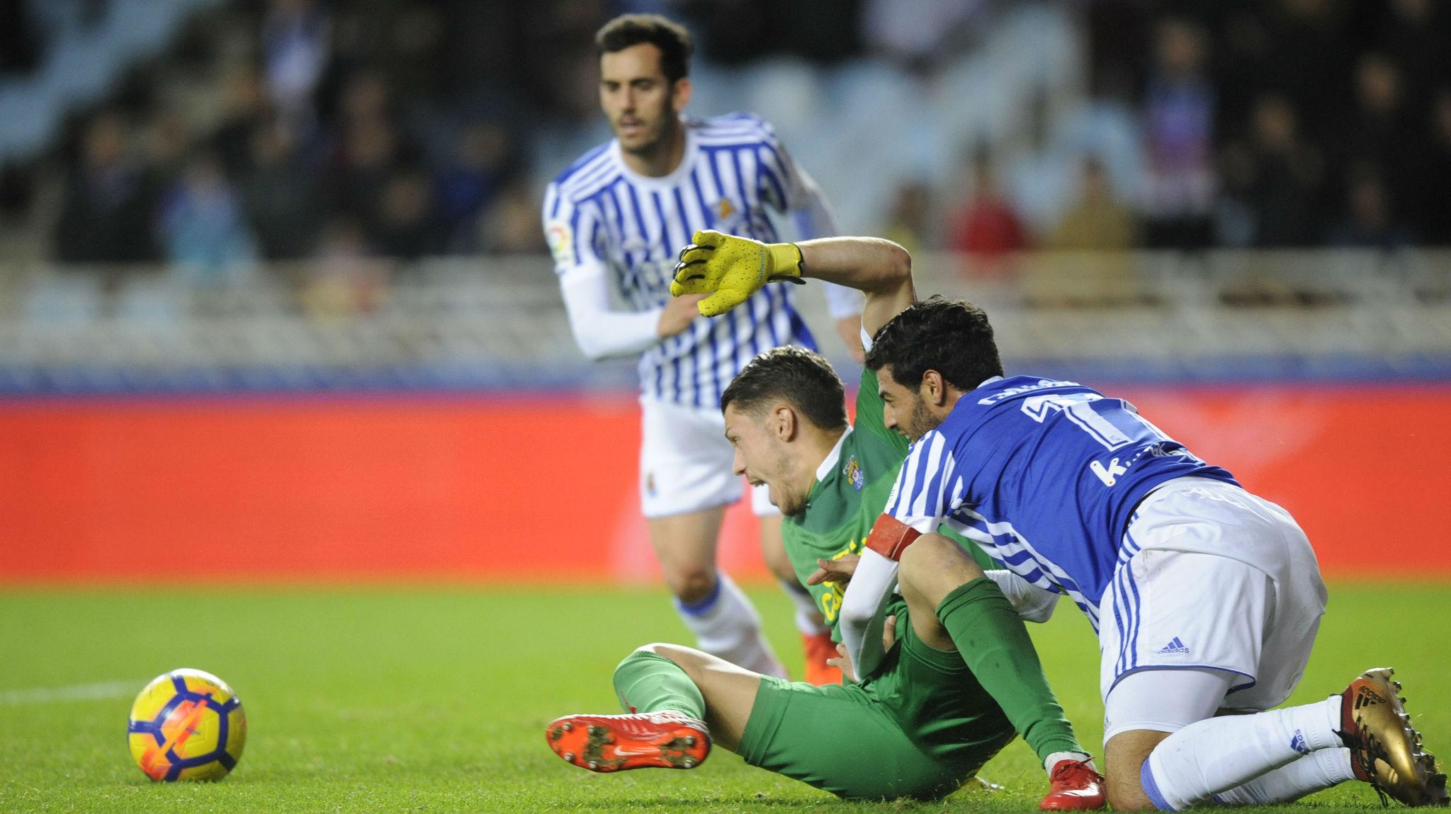 Carlos Vela, en un instante del partido entre la Real Sociedad y Las...