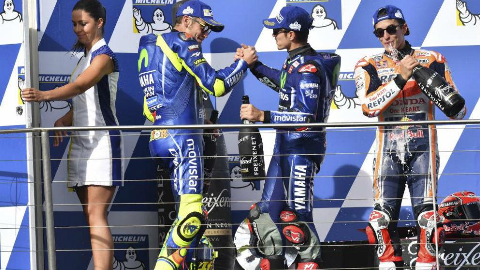 Rossi (38), Viñales (22) y Márquez (24)