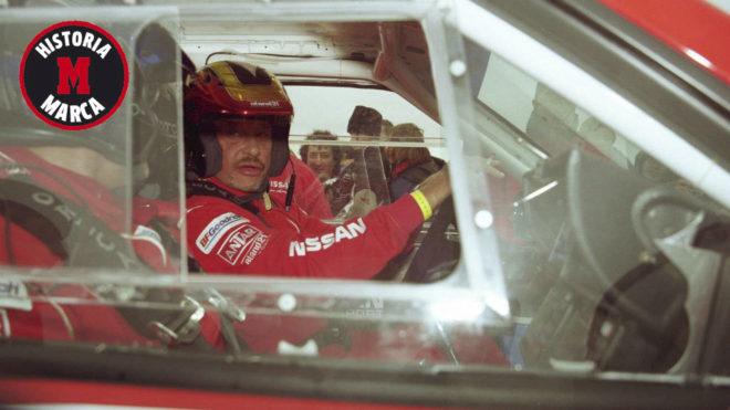 Hallyday, al volante de su Nissan en el Dakar.