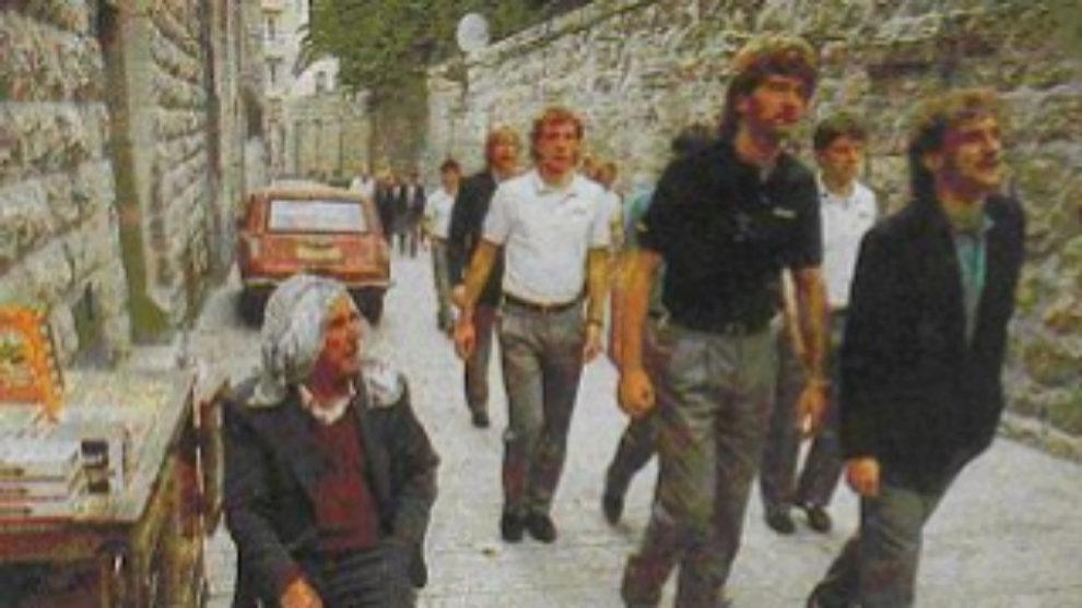 Los jugadores de la selección alemana por la calles de Jerusalén.