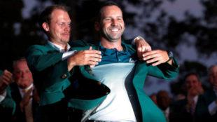Danny Willet impone la chaqueta verde a Sergio García en Augusta