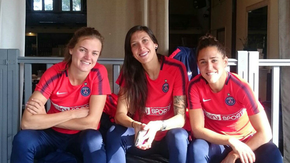Irene Paredes, Jenni Hermoso y Vero Boquete en París.