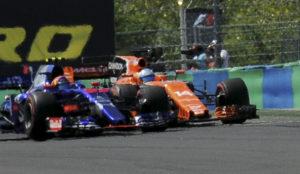 Alonso adelanta a Sainz en el GP de Hungría.