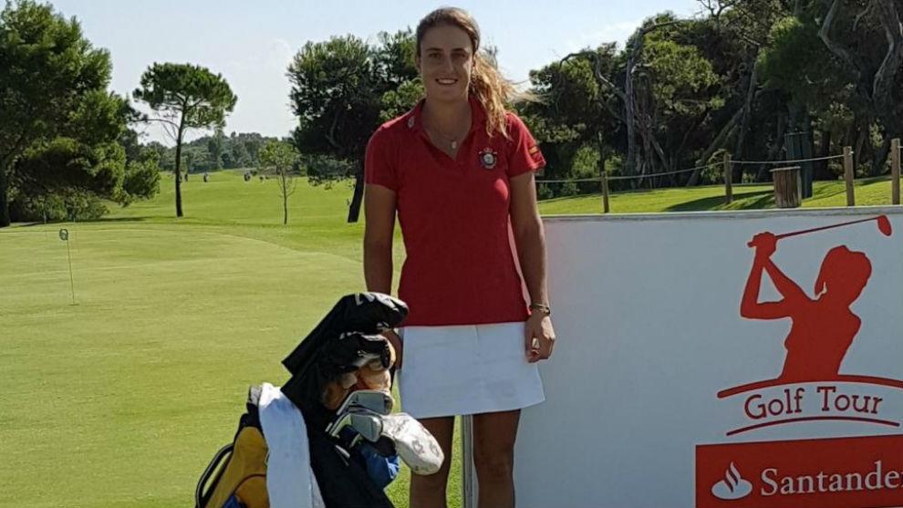 Marta Sanz, durante un torneo del Santander Golf Tour.