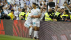 Achraf celebra su primer gol con el Real Madrid.