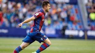 Sergio Postigo marcando el gol que colocaba al Levante en LaLiga