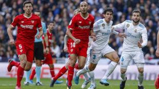 Vallejo cierra la llegada de Pizarro durante el choque en el...