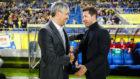 Setién y Simeone se saludan antes de un partido cuando el cántabro...
