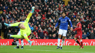 Salah anota su gol al Everton.