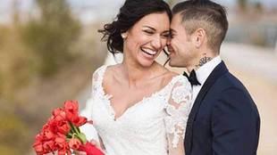 El piloto Álvaro Bautista se ha casado en la  Basílica de Nuestra...
