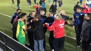 Imagen de los incidentes en el Sporting de Ceuta-Gimnástica de Ceuta