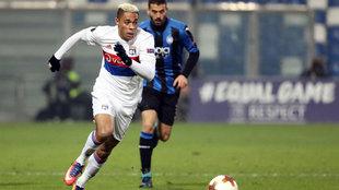 Mariano en un partido con el Lyon.