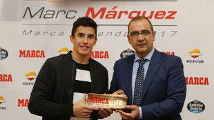 Marc Márquez y Juan Ignacio Gallardo, director de MARCA