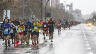 Momento de la carrera en la edición de 2016 en la Avenida de los...