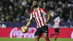 Rico celebra un gol esta temporada con el Athletic.