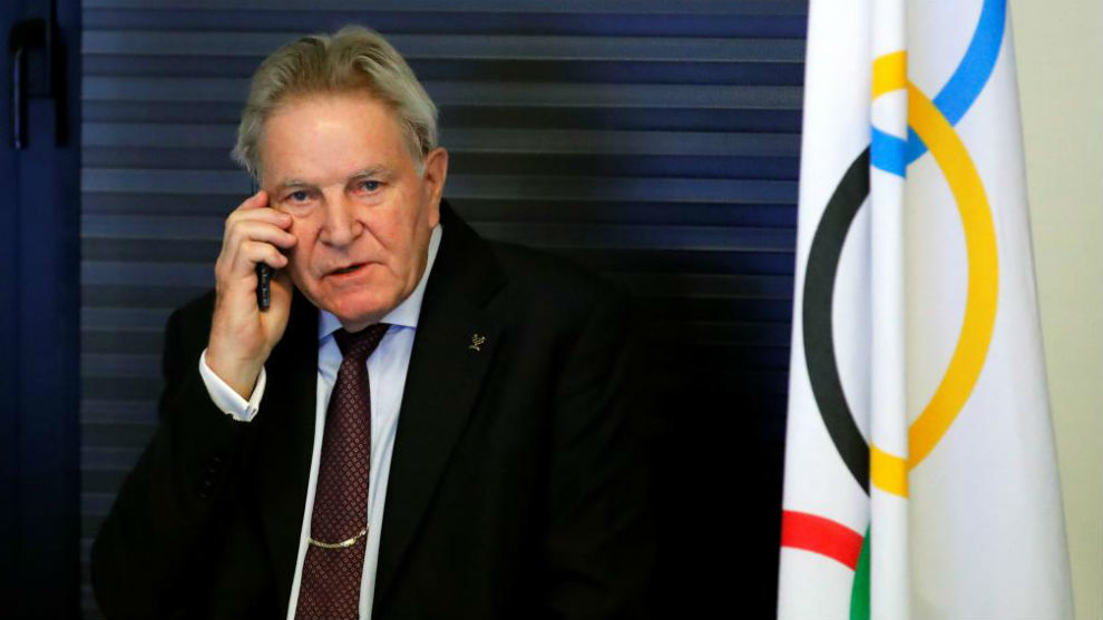 Denis Oswald, presidente de la Comisión Disciplinaria del COI,...