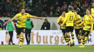 Sokratis celebra el 0-1 del Dortmund ante el Mainz.