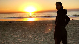 Garbiñe, en la playa de Los Ángeles