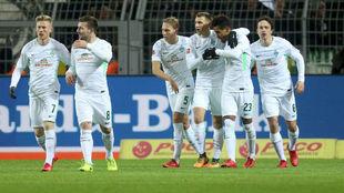 El Werder Bremen celebra el 1-2 contra el Borussia Dortmund.