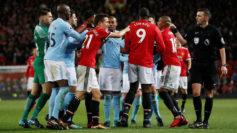 Trifulca entre jugadores del United y del City.