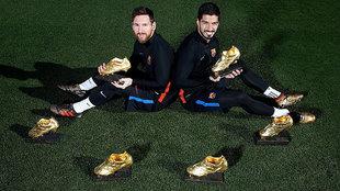 Messi y Suárez posan con las seis Botas de Oro