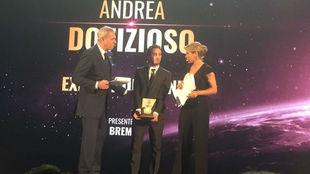 Andrea Dovizioso, en la recogida del premio de La Gazzetta