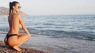 Sonia Sarpe es una modelo y bailarina española, con cerca de 33.000...