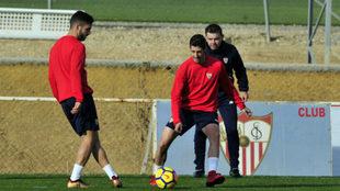 Sarabia, Escudero y Marcucci, en el entrenamiento.