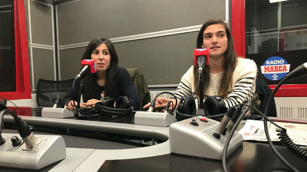 Pilar García y Ángeles del Álamo, en los estudios de RadioMARCA.