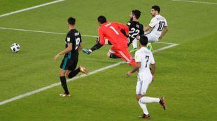El segundo gol del Al Jazira fue anulado por fuera de juego